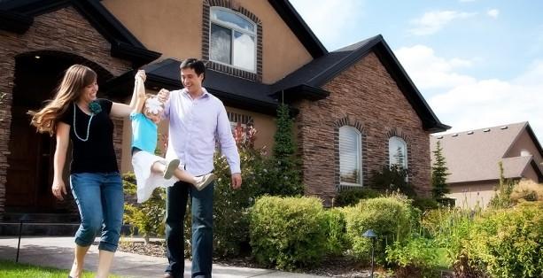 Boldog családi ház takarítása